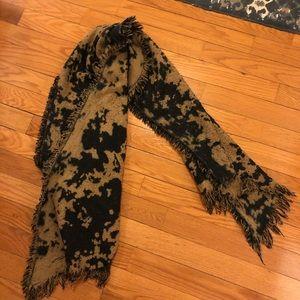 Zara Oversized Black & Brown Scarf